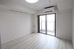 東京都板橋区東新町1丁目の賃貸マンションの外観