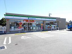 ファミリーマート 祖父江五ツ屋店駐車場が広く、大型車でも楽々停められます。イートインスペースあり。 徒歩 約19分(約1500m)