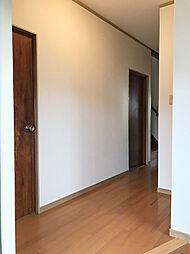 統一感のある玄関〜廊下。(1)