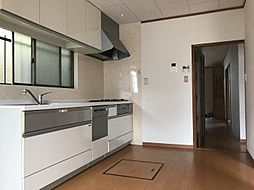 食洗器付きのキッチン