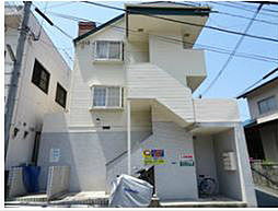 福岡県北九州市八幡西区折尾3丁目の賃貸アパートの外観