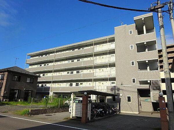 シャングリラ今泉(オートロック)[2階]の外観