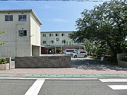 浜松市立西部中学校(838m)
