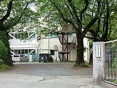 中学校東大和市立第一中学校まで940m