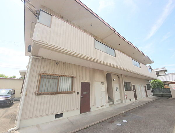 ストーク新大宮 1階の賃貸【奈良県 / 奈良市】