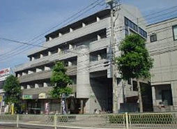 東京都多摩市鶴牧2丁目の賃貸マンションの外観