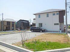 敷地面積36坪以上建築条件無し売地。区画整理されたきれいな街並み。今回販売6区画。