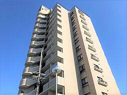 平成31年3月に居室や水廻り設備等リフォーム済み。「新安城」駅まで徒歩約3分、商業地域に立地しており日々の生活が便利です。