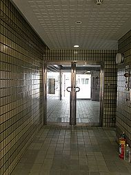 新井2丁目マンション[303号室]の外観