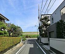 都営新宿線「篠崎」駅利用可能な立地です。