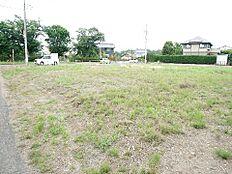 敷地は約148坪と広々しております。あなたの思い描く家を建ててみませんか