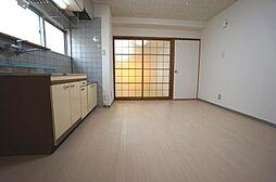 ピロティ小坂[201 号室号室]の外観