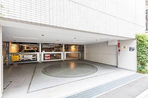 ■ 駐車場 ■...