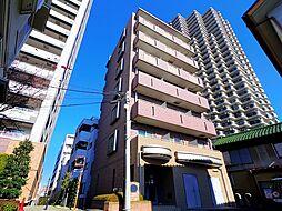 レフィナード・トーレ[6階]の外観