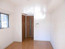 エスリード京橋III番館のナチュラルカラーのフローリングで居心地の良い室内