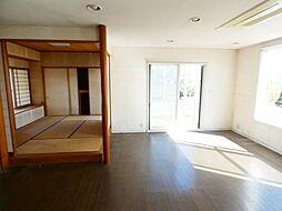 三島市三恵台中古住宅 4SLDKの居間