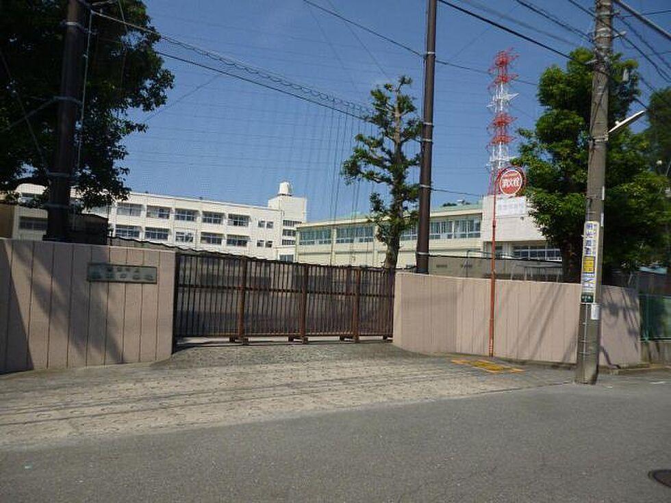 周辺(市立谷本中学校)
