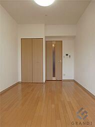 エステムコート梅田・天神橋リバーフロントの洋室