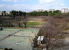 鶴川中央公園(427m)