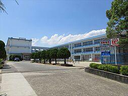 伊福小学校 学校目標「知・徳・体の調和のとれた人間形成を図る。」 徒歩 約25分(約2000m)