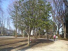 公園松渓公園まで774m