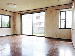 伊賀市千戸 戸建て 4SLDKの居間