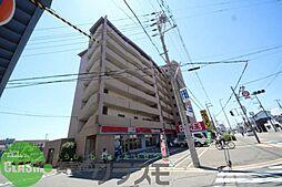 ファミーユ2002[2階]の外観