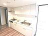 機能的で使い勝手のよいシステムキッチンです。,4LDK,面積111.03m2,価格3,390万円,京急本線 安針塚駅 徒歩6分,,神奈川県横須賀市安針台