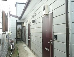東京都世田谷区世田谷2丁目の賃貸アパートの外観