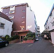 JR京浜東北線「大森」駅徒歩13分・京浜急行線「平和島」駅徒歩14分