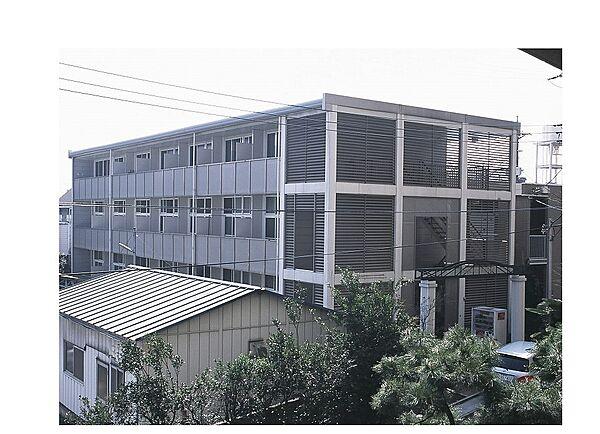 レオパレスカサグランデ[107号室]の外観