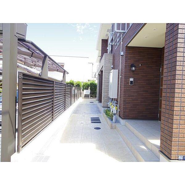奈良県奈良市西大寺国見町の賃貸アパートの外観