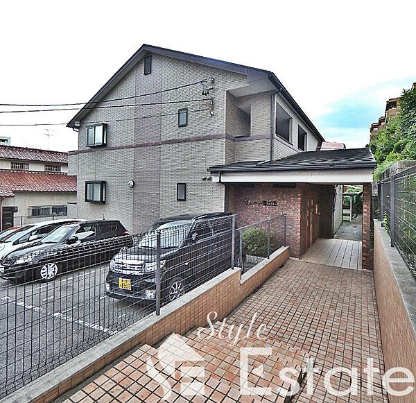 愛知県名古屋市名東区亀の井1丁目の賃貸アパートの外観