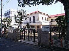 聖泉幼稚園まで727m