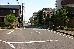 駅徒歩10分の通勤に便利な立地。