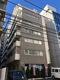外観(横浜徒歩5分。事務所として、窓に広告も可能。)