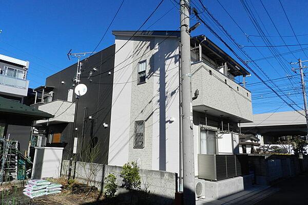 キャトルセゾン 2階の賃貸【埼玉県 / 草加市】