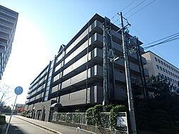 フローラ東館[2階]の外観