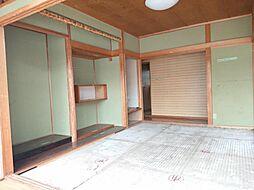 現在リフォーム中。6/28撮影。1階西側階和室です。天井、壁のクロスを張り替え、畳は表替えを行います。