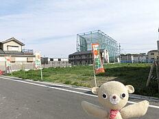 区画整理事業で今注目の佐野・六木エリア。うれしい建築条件なしの大型分譲地です。お好きなハウスメーカーで夢のマイホームを実現してみませんか。
