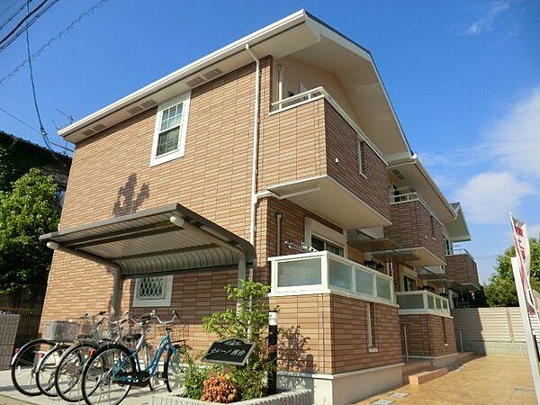 兵庫県伊丹市西台5丁目の賃貸アパートの外観