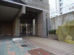 プロビデンス東片端[2階]の外観