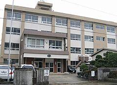 中学校加太中学校まで208m