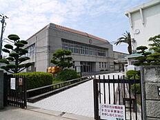 加古川市立中部中学校まで868m