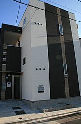 ル・クール[2階]の外観