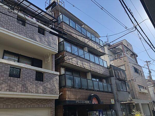 グランシャトー寺田町[3階]の外観