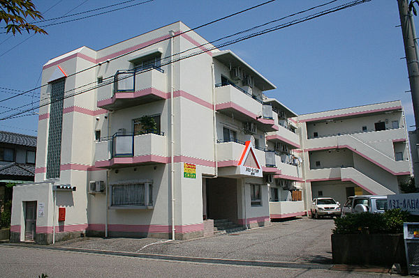 ルミエール八日市 3階の賃貸【石川県 / 金沢市】