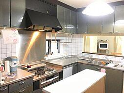 広々キッチンはお料理のレパートリーが増えそう