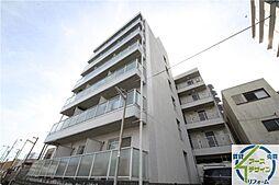 ファミールタツヒチ[5階]の外観