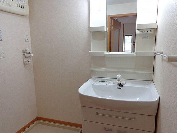エクセルステージ・11の洗面化粧台